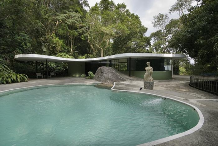 piscina curvas
